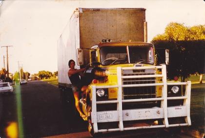 White 9000 Adelaide 1976